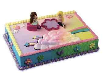 Bratz Birthday Cake and Cupcakes
