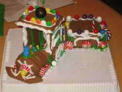 train gingerbread house